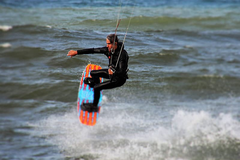 kitesurfer doing stunts