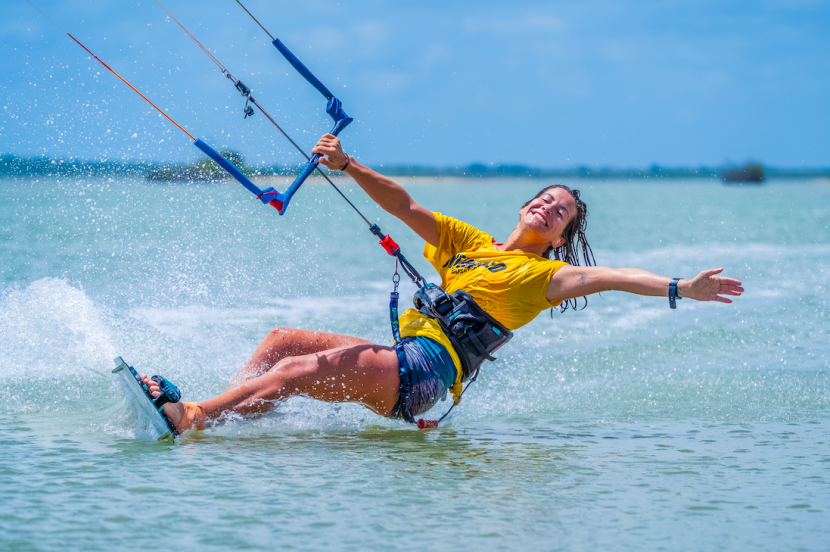 The ultimate guide for women that want to learn how to kitesurf 1