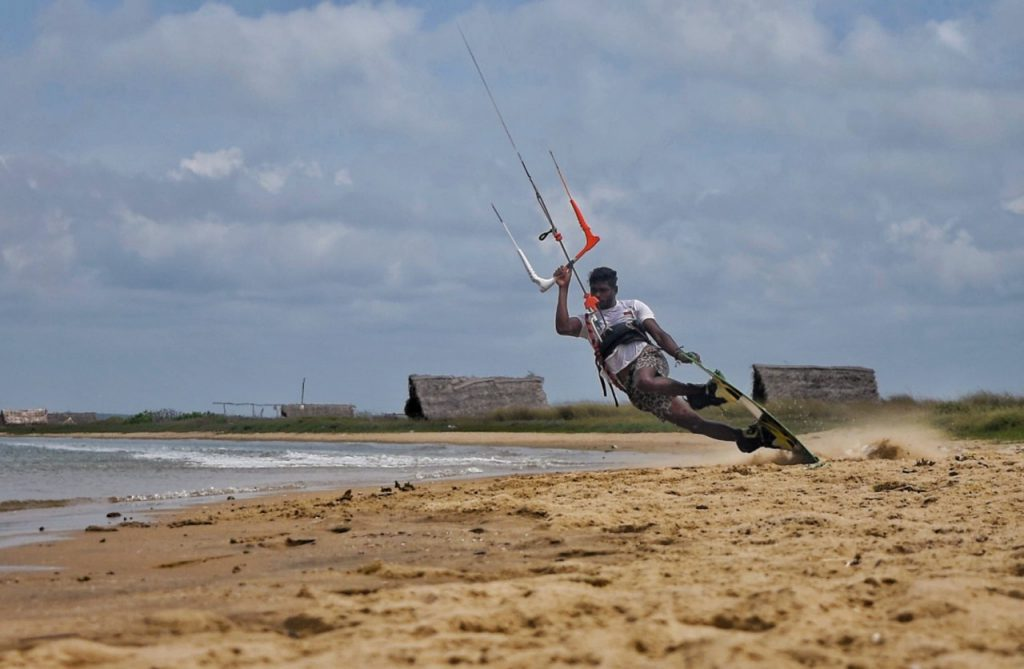 awesome kitesurf darkslide