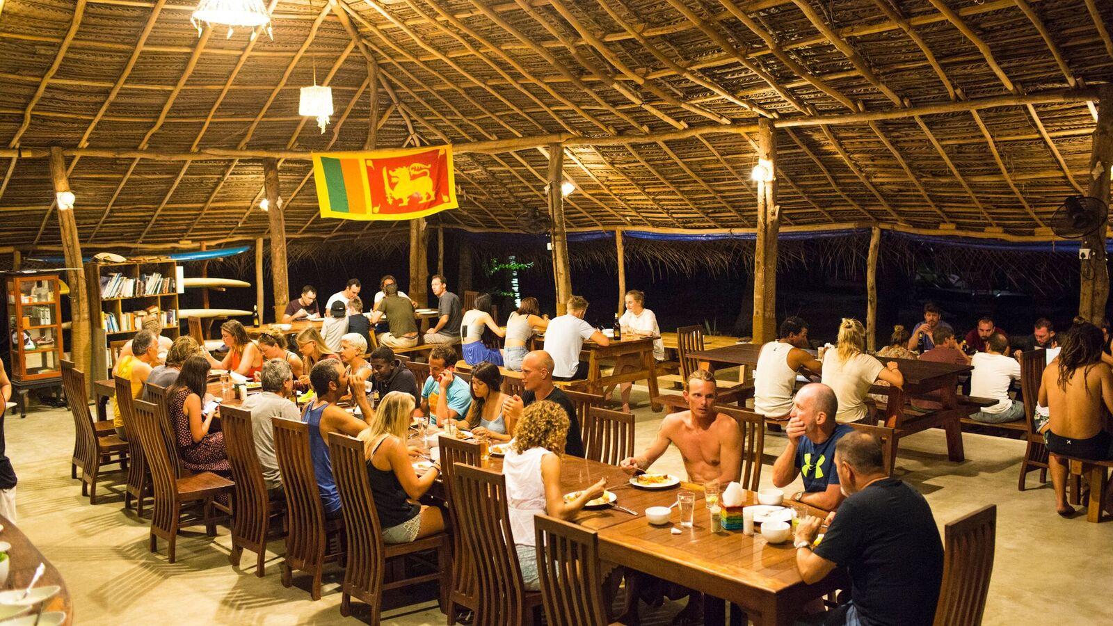 Bar und Restaurant 3