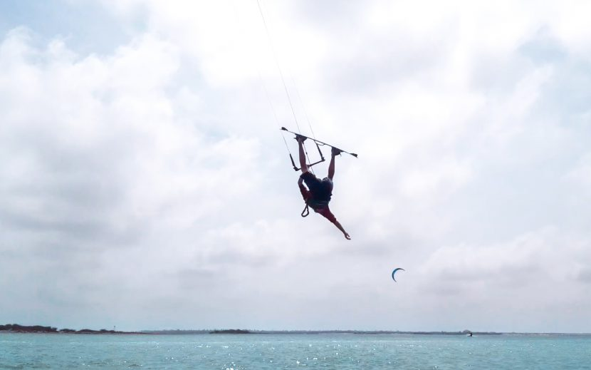 Inverted front roll - a step by step guide to mastering this kitesurfing trick 1