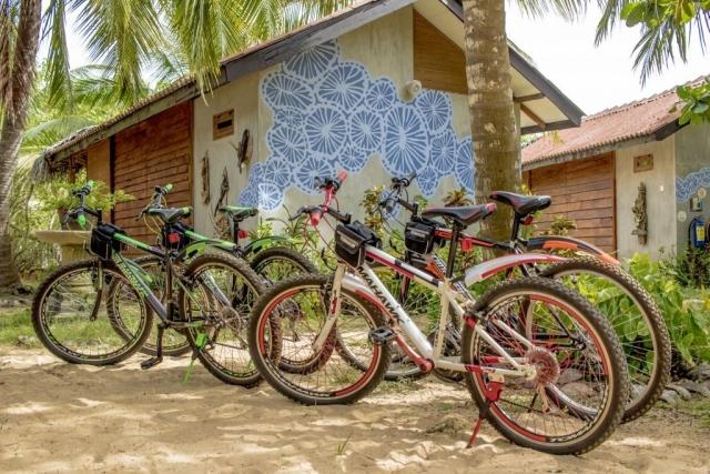 bike tour Kalpitiya