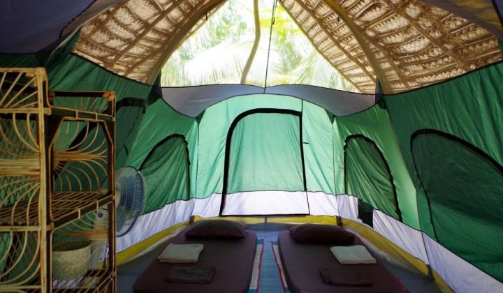 Price includes  & Comfortable tented accommodation in Kalpitiya - Kitesurfinglanka