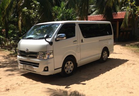 Airport transfer - Kalpitiya to CMB airport