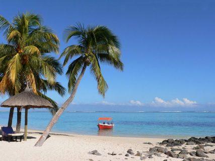 tincomalee-nilaveli-beach-srilanka